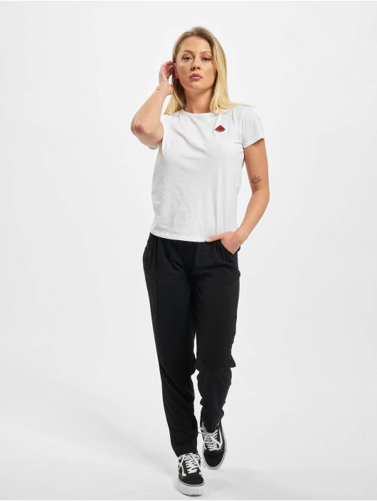 Eight2Nine T-paidat Iniki valkoinen
