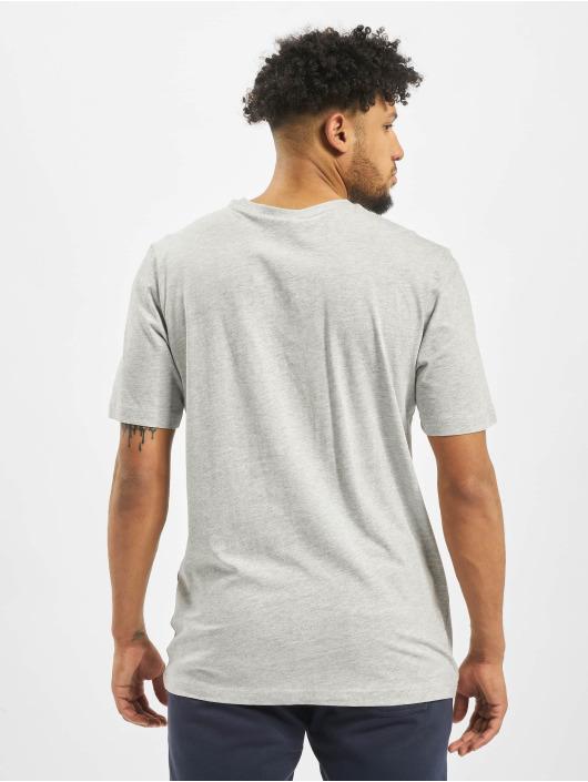 FILA T-shirts Unwind 2.0 Reg grå