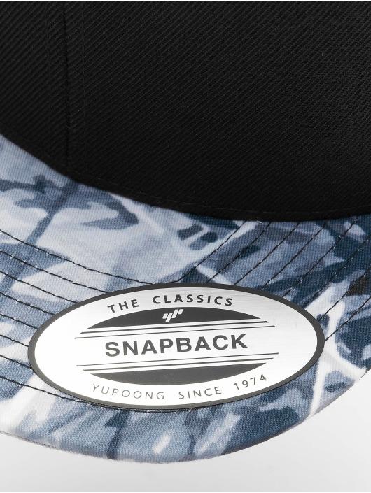 Flexfit Snapback Oil Paint èierna