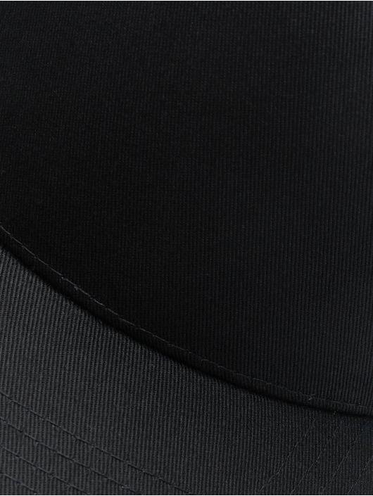 Flexfit Snapback Cap 5-Panel Curved Classic schwarz