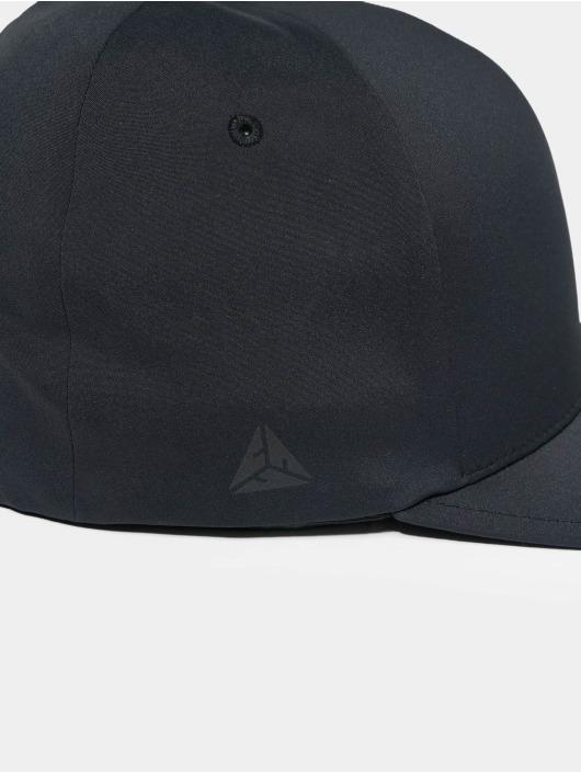 Flexfit Snapback Caps Delta czarny