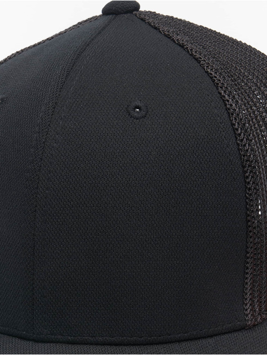 Flexfit Trucker Cap 110 Recycled Alpha Shape black