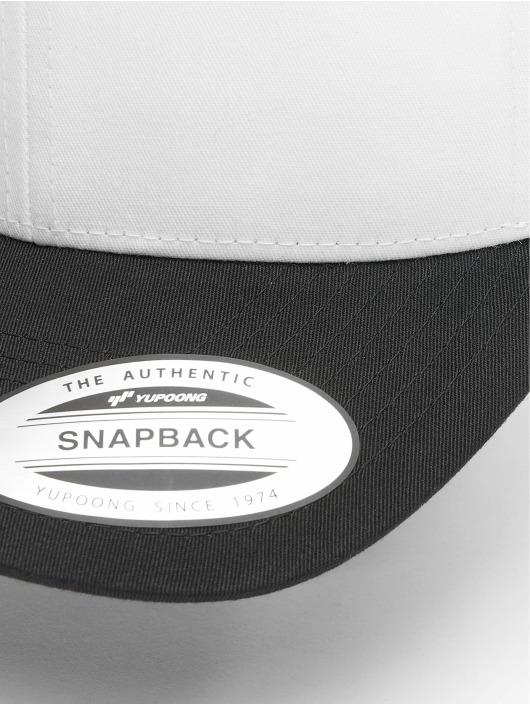 Flexfit Trucker Caps Retro Colored Front czarny