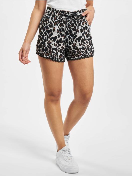 Fresh Made Shorts Leo schwarz