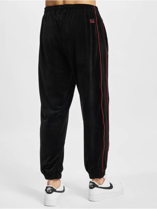 Fubu Pantalone ginnico Corporate Velours nero