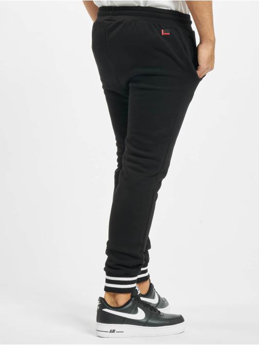 Fubu Spodnie do joggingu Fb Corporate Ssl czarny