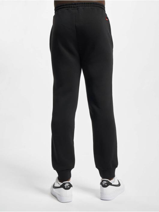 Fubu Spodnie do joggingu Sscript Essential czarny