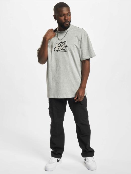 Fubu T-shirts Script Essential grå