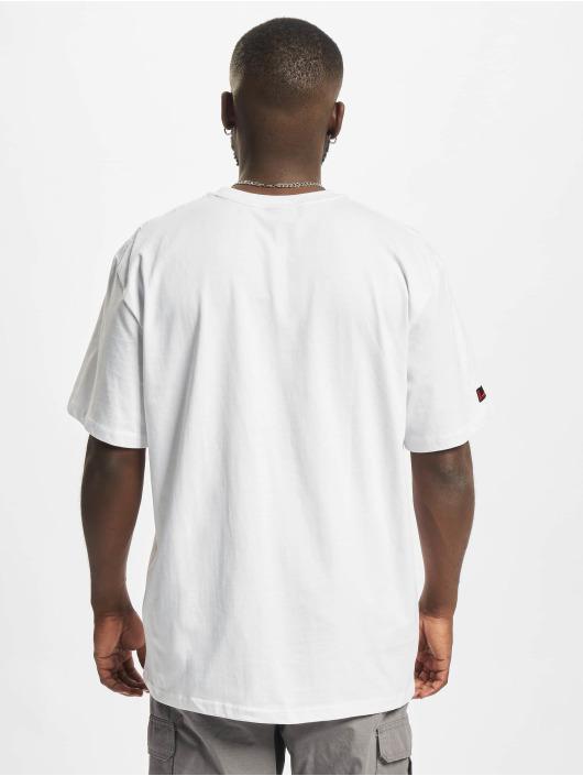 Fubu T-shirts Script Essential hvid