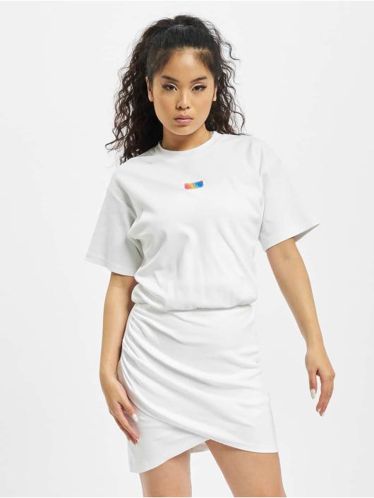 GCDS Šaty Wrapped Monster biela