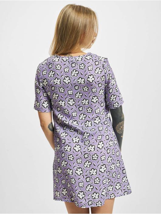 Glamorous Šaty Flower fialová