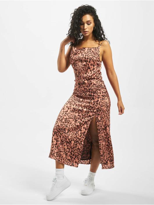 Glamorous jurk Liya rose