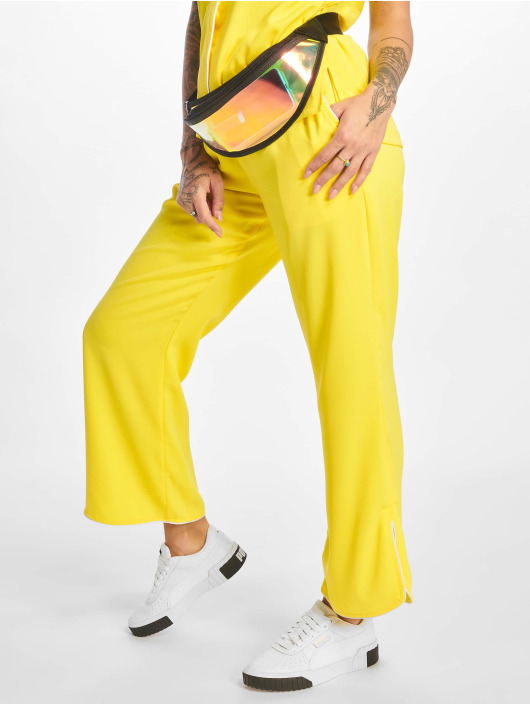 Glamorous Pantalon chino Ladies jaune