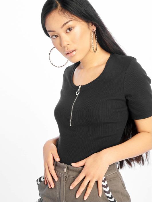 Glamorous T-skjorter Ripped svart