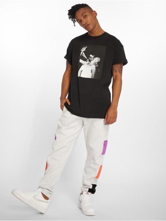 Grimey Wear Camiseta Eat The Bitch negro