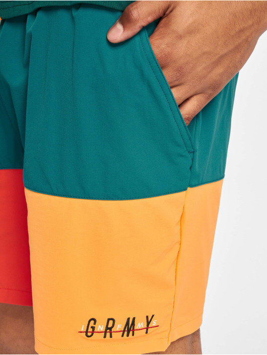 Grimey Wear Short Midnight Tricolor colored