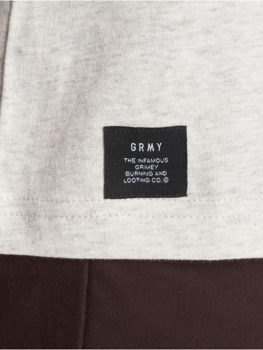 Grimey Wear T-paidat Fuck Fame harmaa