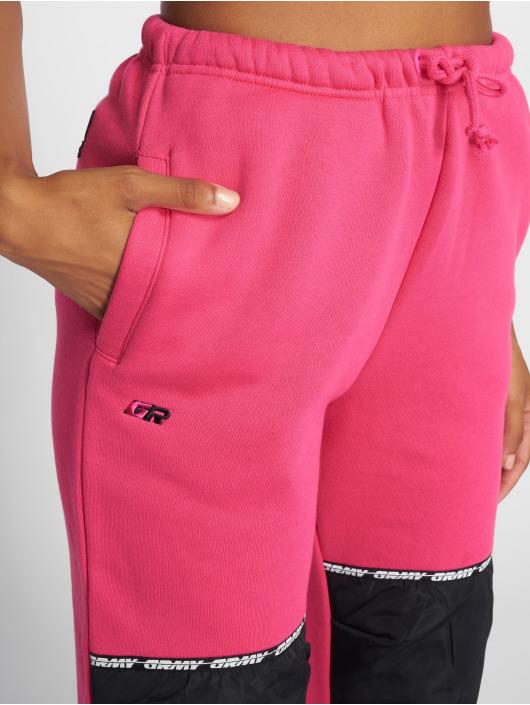 Grimey Wear Verryttelyhousut Nemesis vaaleanpunainen