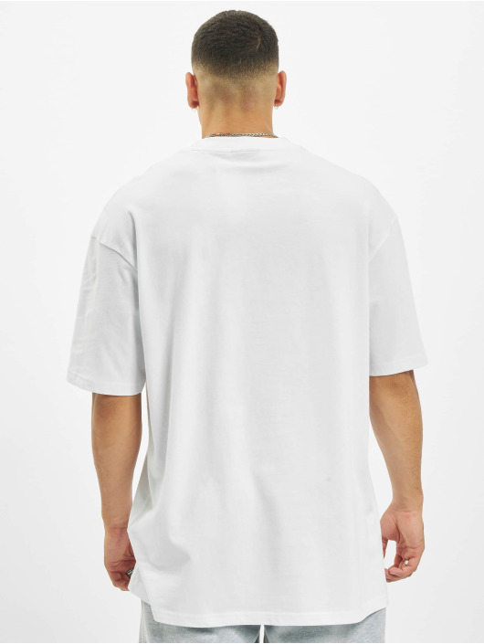 Helal Money T-Shirt Cash Only white
