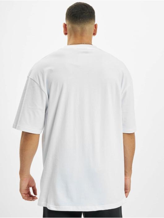 Helal Money T-skjorter Money First 2.0 hvit