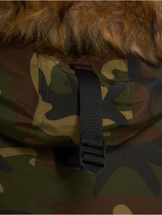 Helvetica Manteau hiver Expedition Raccoon Edition camouflage