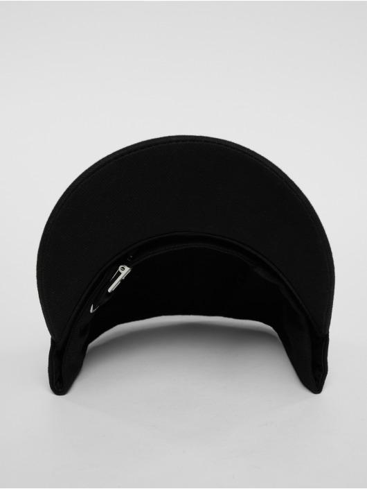 Horspist Snapback Caps Darnel musta