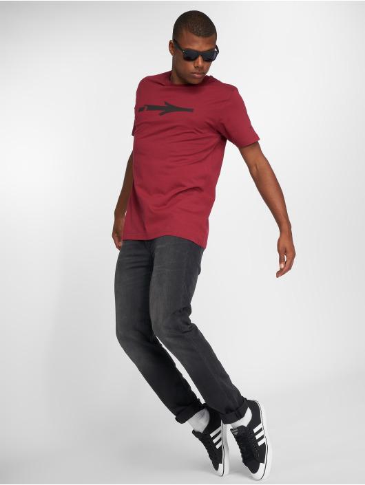Illmatic T-paidat Nerv punainen