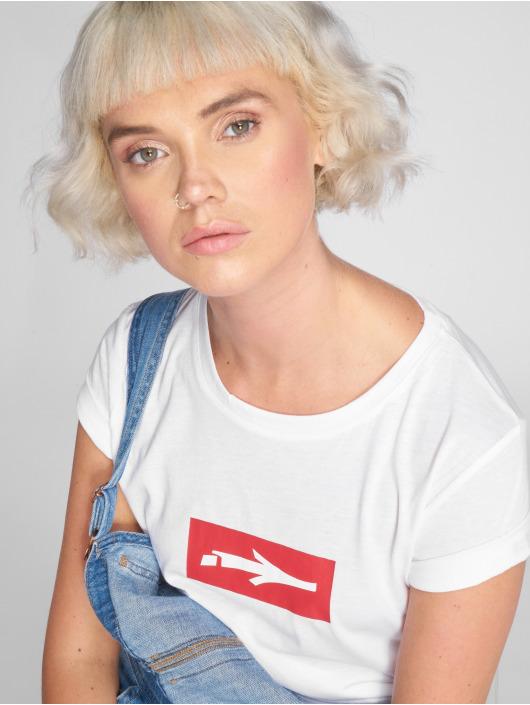 Illmatic T-paidat LOGO valkoinen