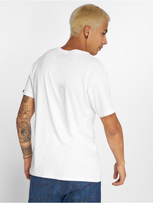 Illmatic T-skjorter Artnerve hvit
