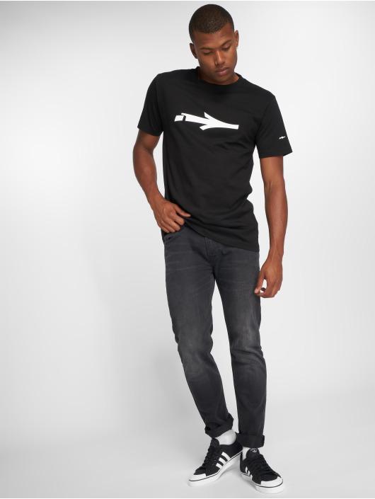 Illmatic T-skjorter Nerv svart