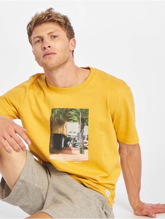 Jack & Jones T-skjorter jorTheo gul