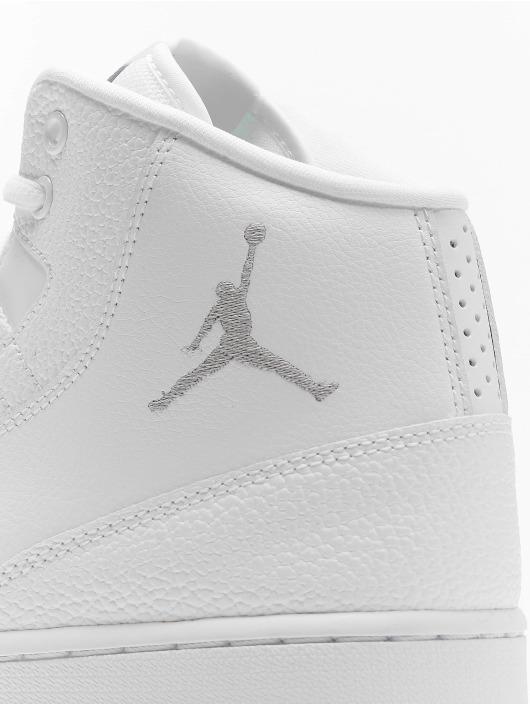 White Jordan Executive Sneakers Jordan Executive sxhtQdCr