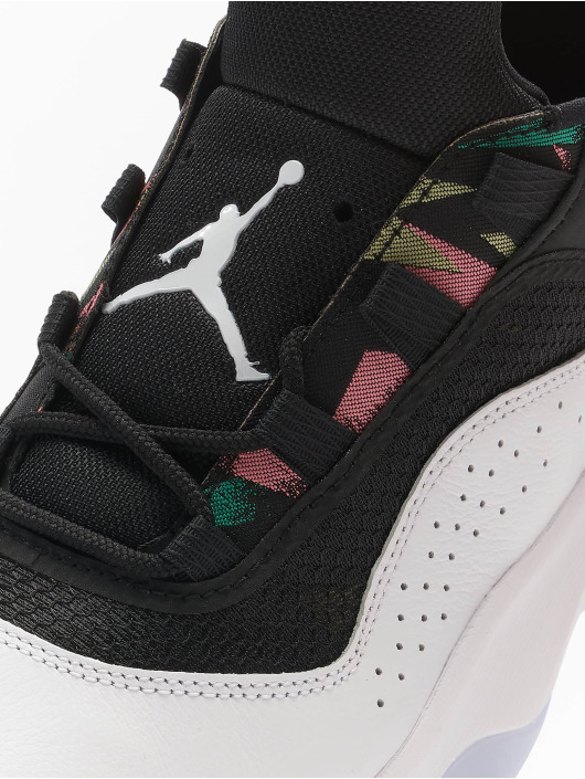 Jordan Baskets Air 11 Cmft Low blanc