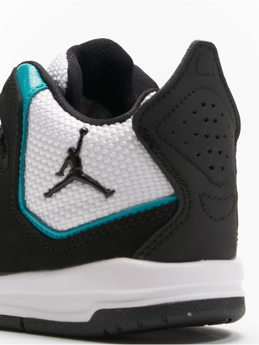 Jordan Baskets Courtside 23 noir