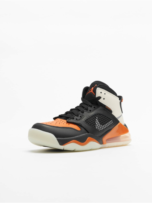 Jordan Baskets Mars 270 (GS) noir