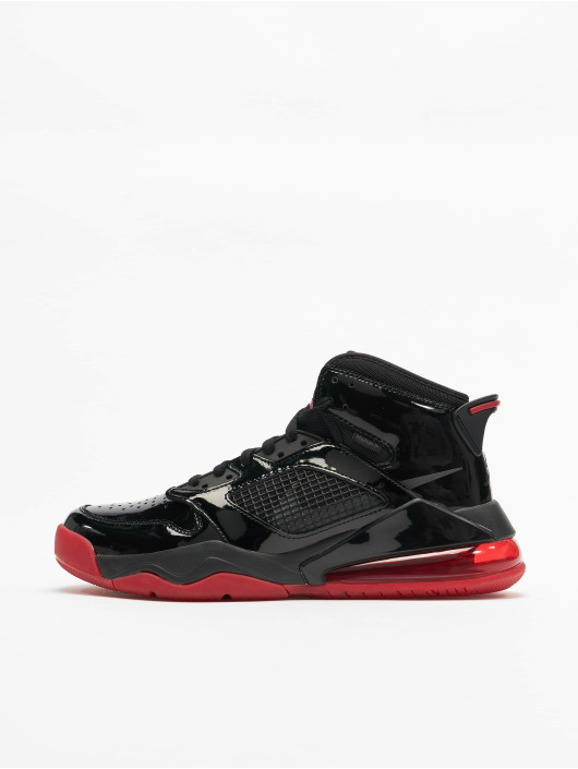 Jordan Baskets Mars 270 noir