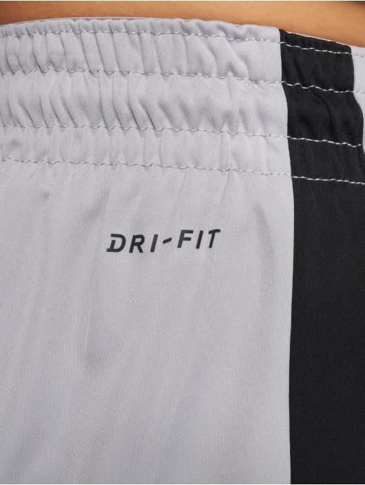 Jordan Pantalón cortos Dri-Fit 23 Alpha Training gris