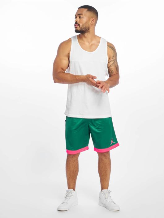 Jordan Short Shimmer green