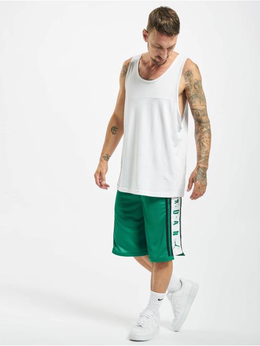 Jordan Short HBR vert