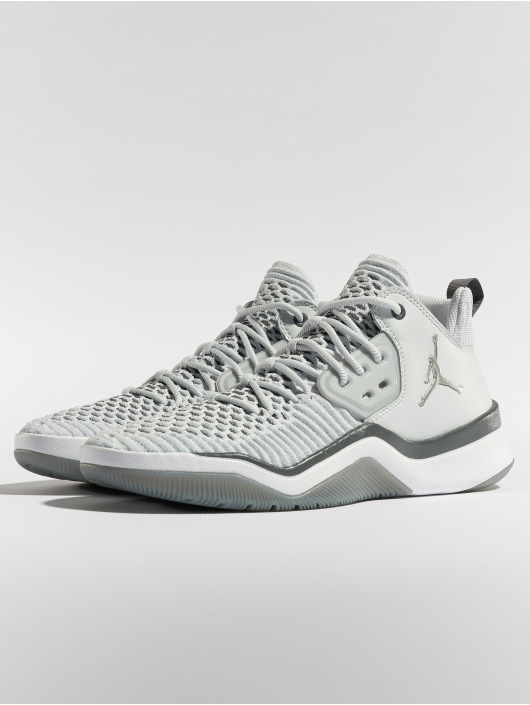 Jordan Sneaker DNA LX grau