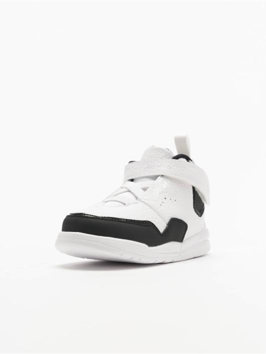 Jordan Sneaker Courtside 23 weiß
