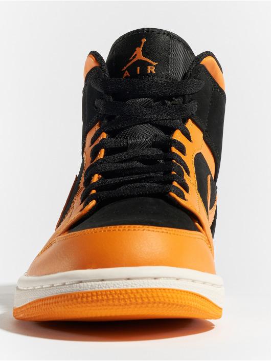 Jordan Sneakers Air Jordan 1 Mid èierna