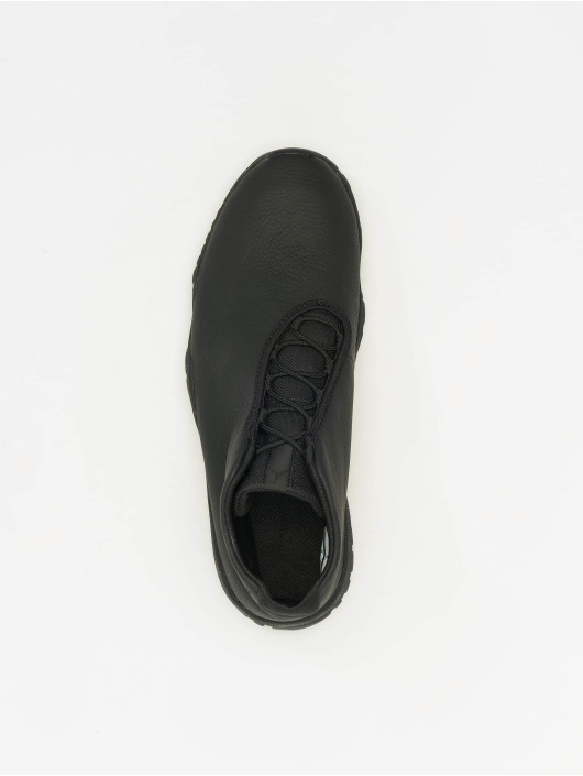 Jordan Sneakers Future Three Quarter èierna