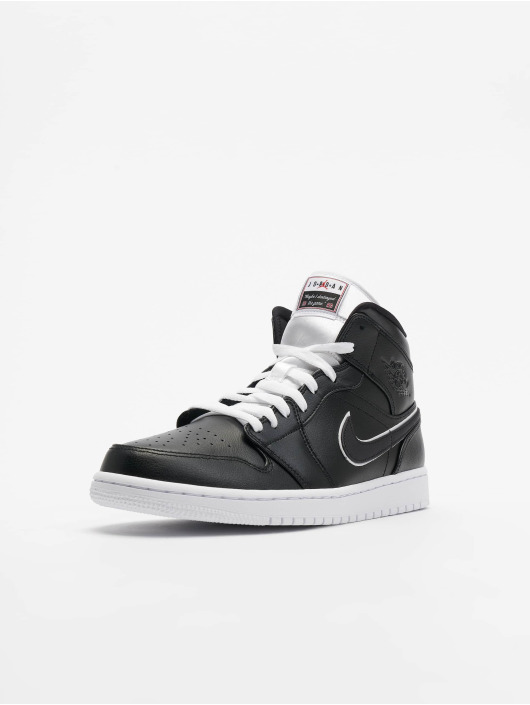 Jordan Sneakers Mid SE èierna