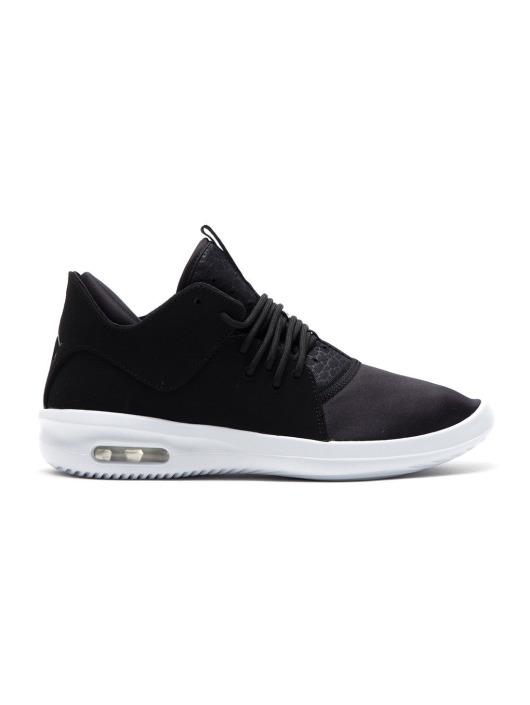 Jordan Sneakers First Class black