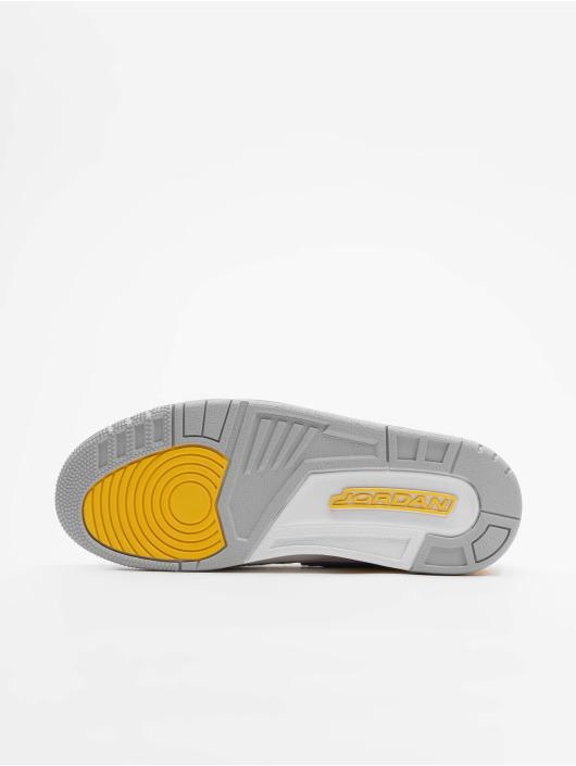 Jordan Sneakers Legacy 312 white