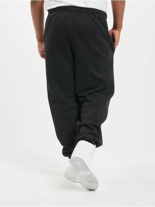 Jordan Spodnie do joggingu JMC Fleece czarny