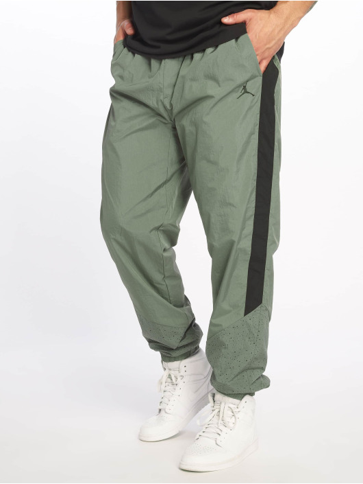 Jordan Spodnie do joggingu Diamond Cement oliwkowy
