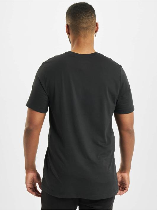 Jordan T-skjorter Air Defect SS Crew svart