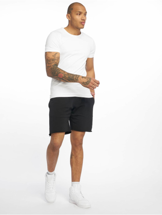 K1X Shorts Color schwarz